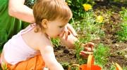 Mor og barn i have